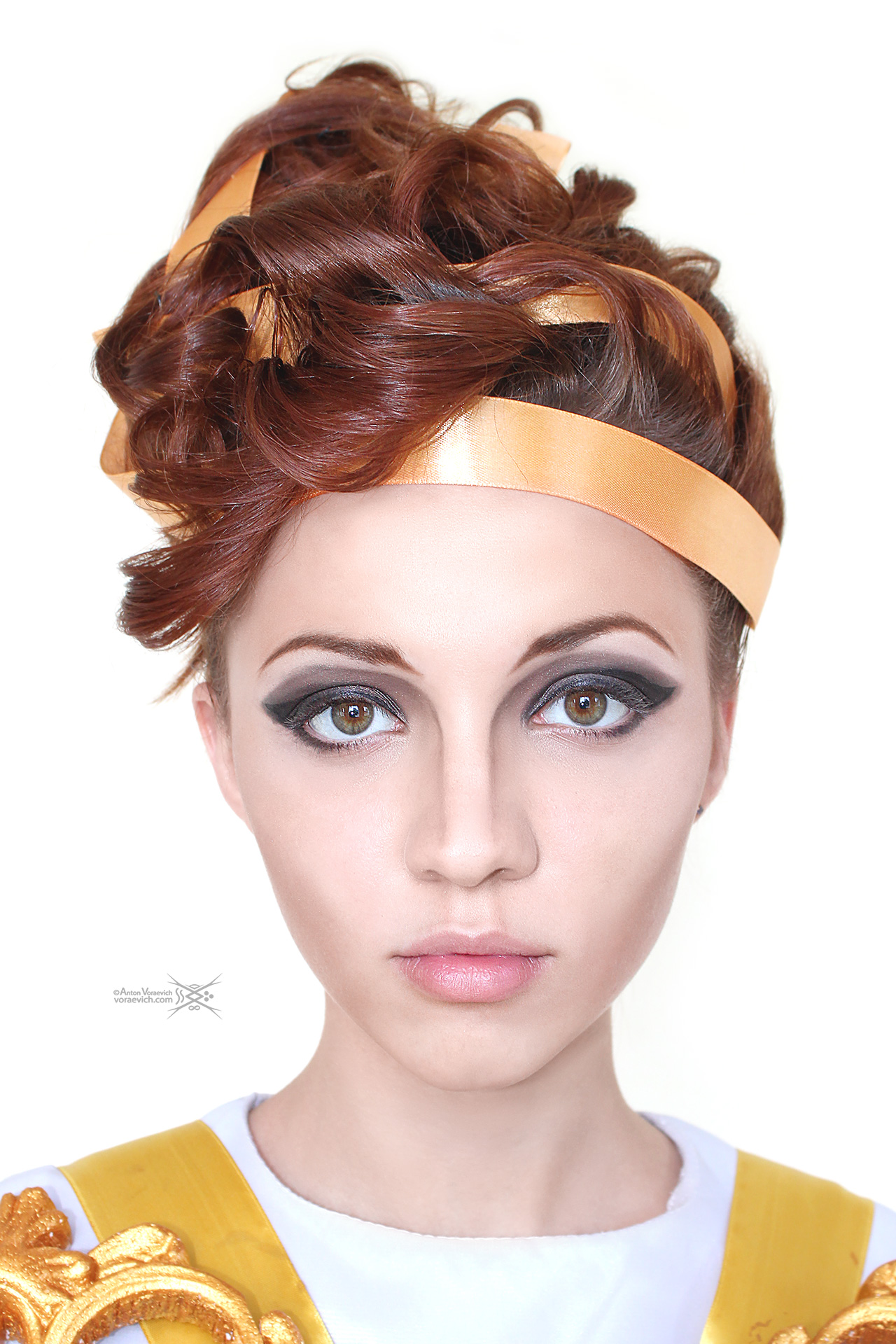 Baroque style hairstyle